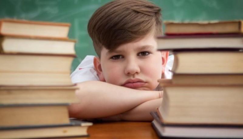 عوامل موثر بر افت تحصیلی دانش آموزان